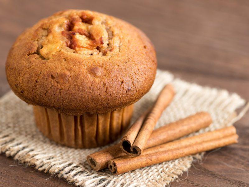 Easy Recipe: Vanilla-Cinnamon Carrot Muffins